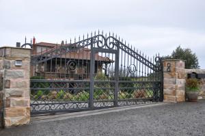 puerta de forja artemetal 1