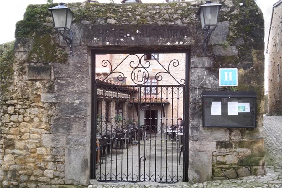 Puertas de forja cantabria dise o puertas de forja en for Puertas correderas de forja